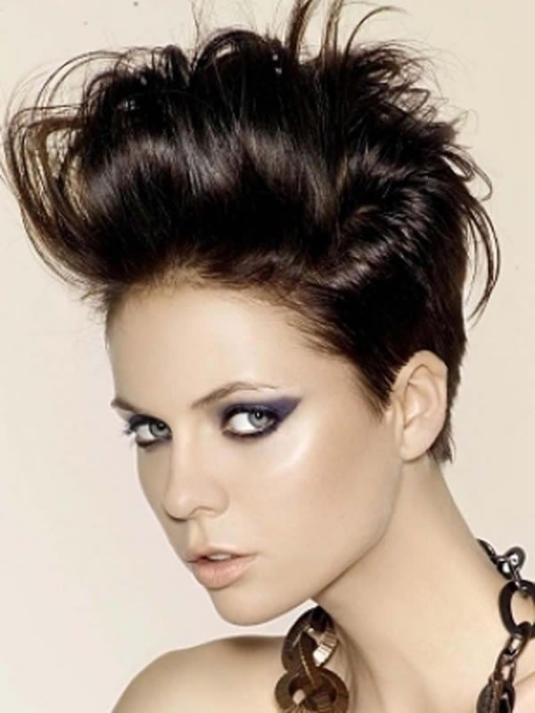 The Most Popular Short Haircuts For Modern Women Bloglet Com Rocker Hair Short Rocker Hair Pompadour Haircut