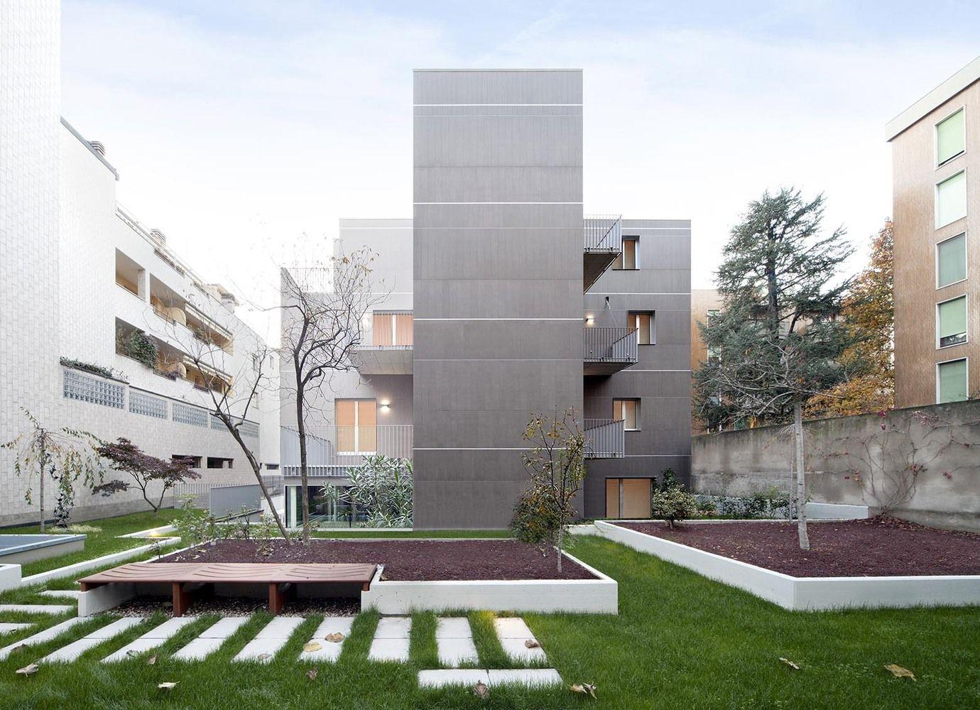 Galeria de Edifício Residencial na Via Bellincione / DAP Studio - 1