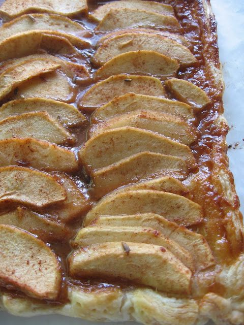 Rustic Apple Tart with Dulce de Leche and Lavender