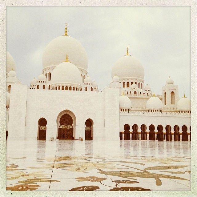 esseans    #abudhabi   #sheikhzayedgrandmosque