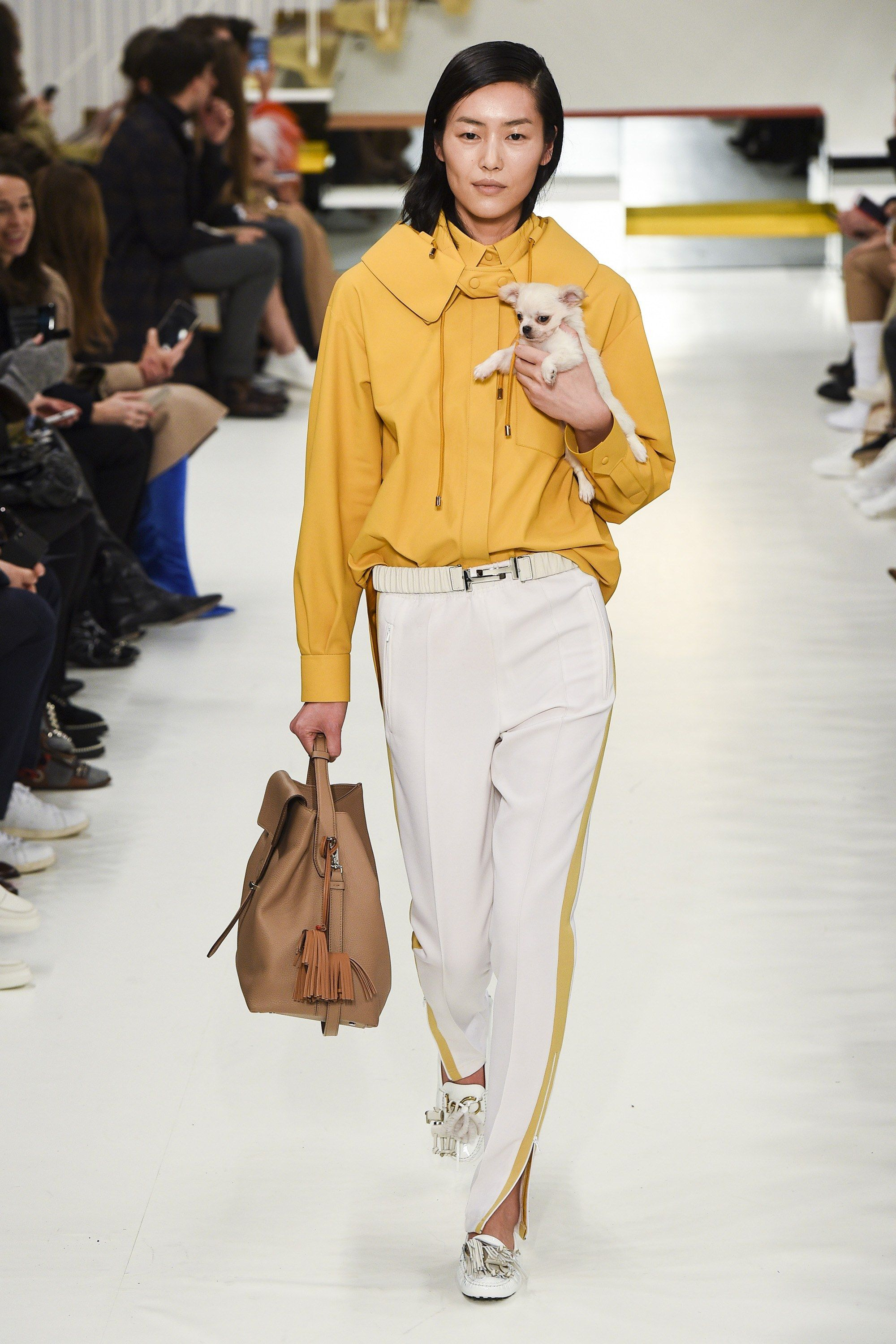 23ae494ab2ba The complete Tod s Fall 2018 Ready-to-Wear fashion show now on Vogue Runway.