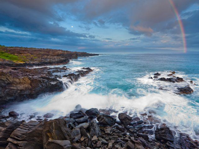 Rainbow ` Oneloa Bay Beach, Maui, Hawaii Don White