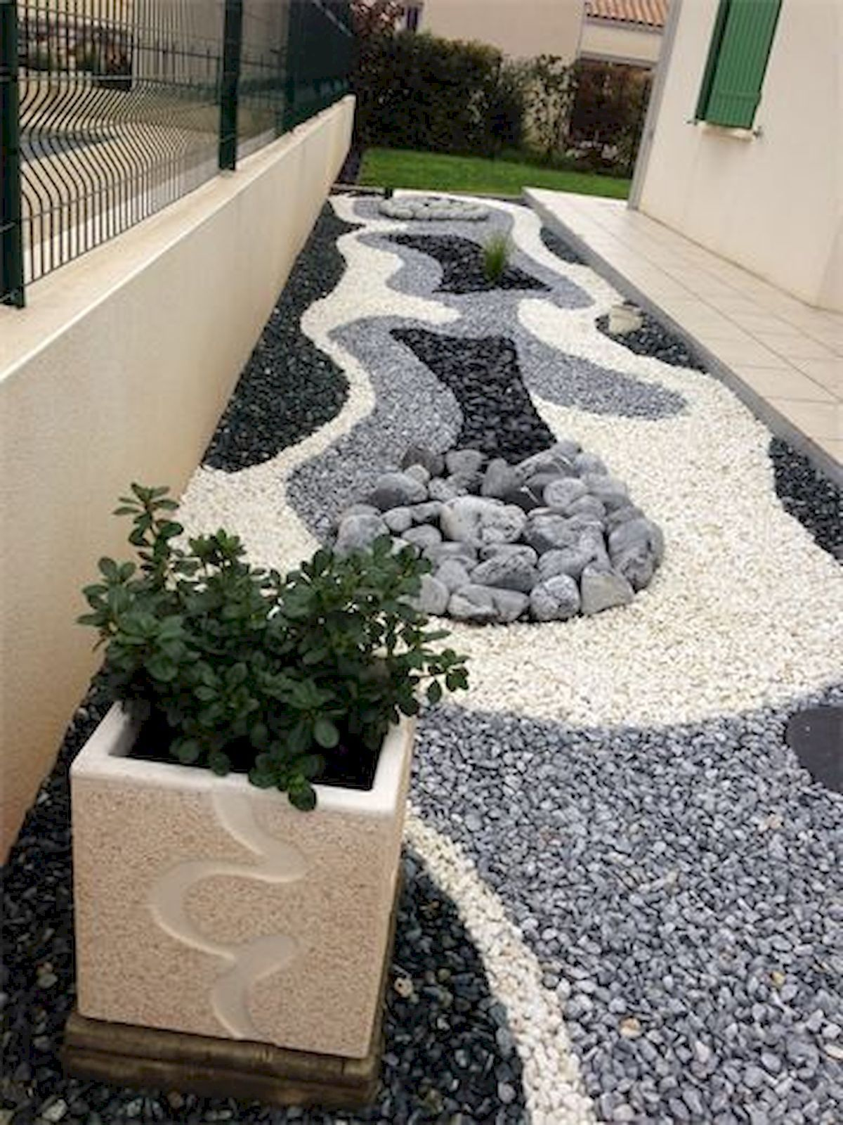 70 Magical Side Yard And Backyard Gravel Garden Design Ideas 22 Rock Garden Landscaping Gravel Landscaping Landscape Design