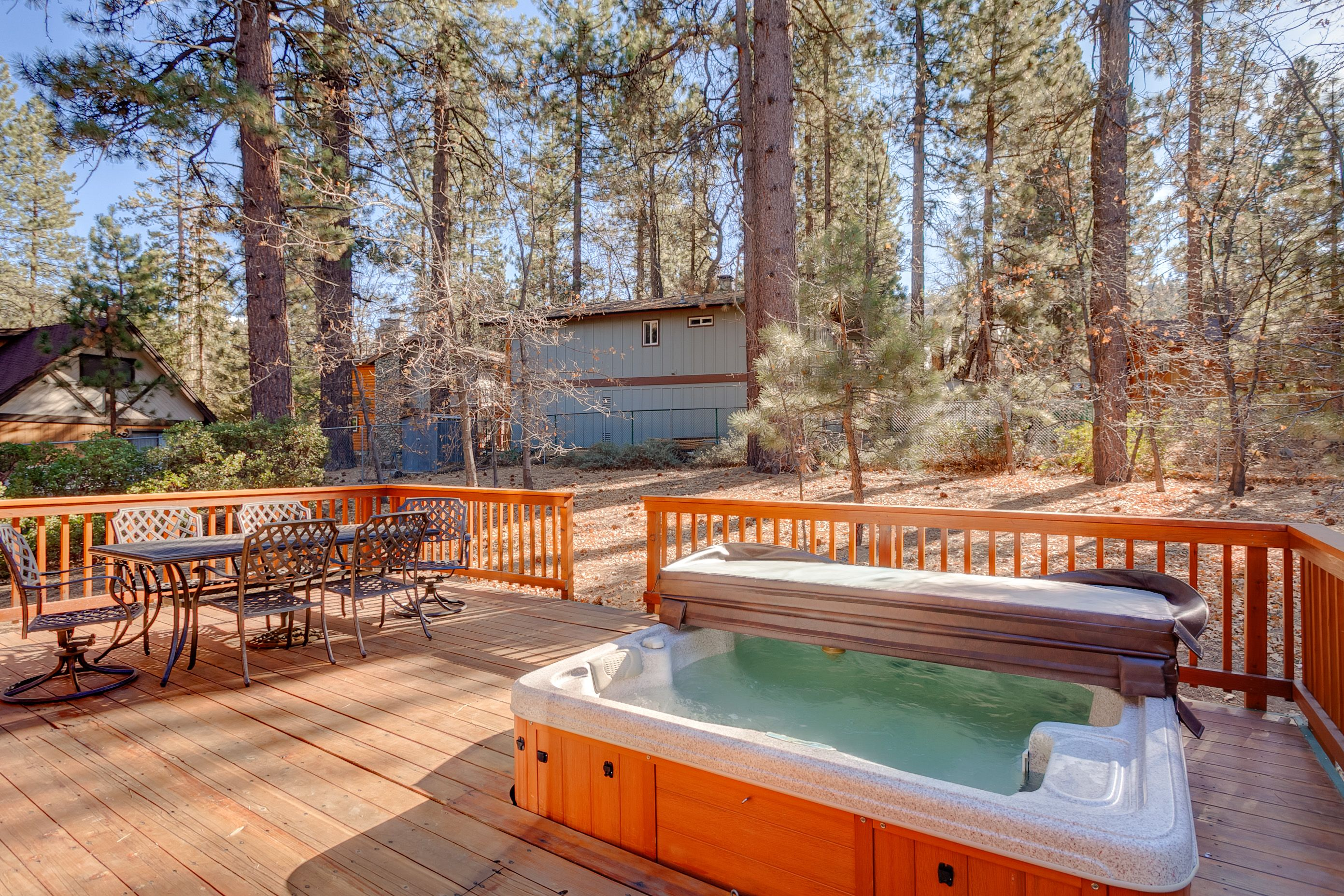 Private 6 person hot tub for spending quality time