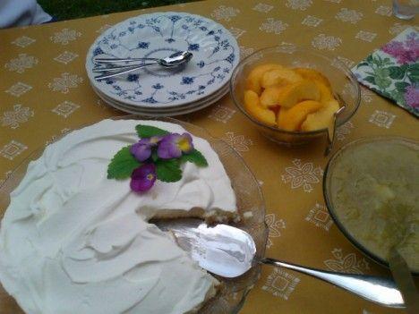 Helppo ja nopea juustokakku