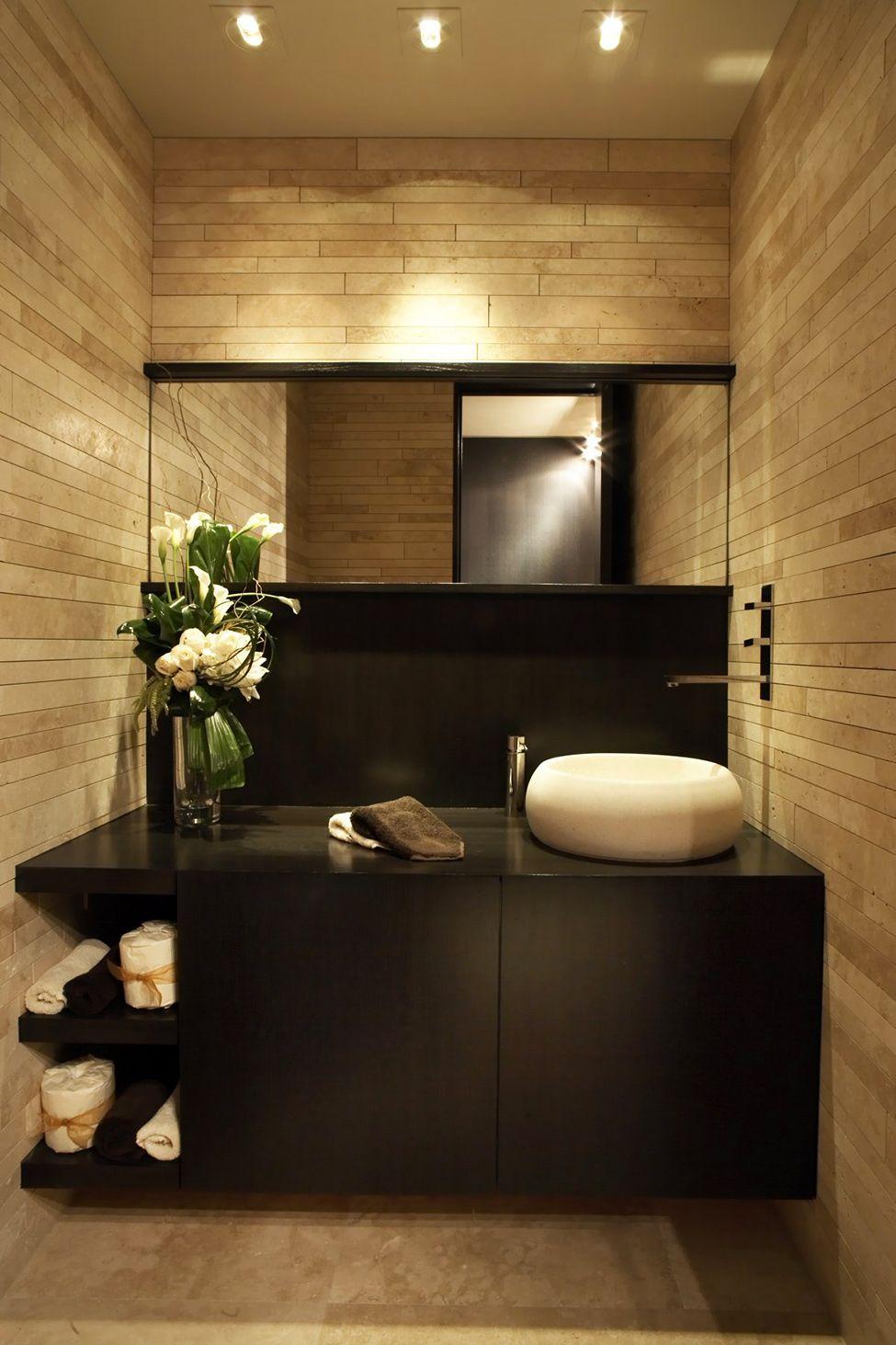 Luxury Apartment in California Incorporating Panoramic