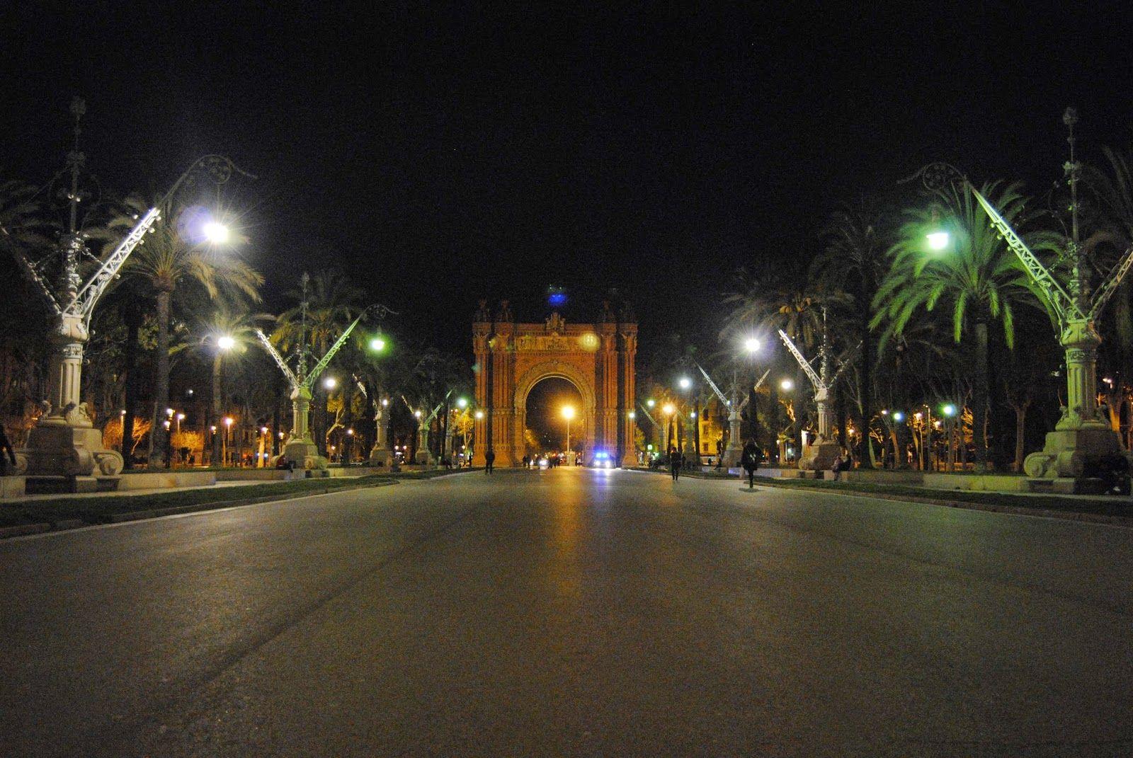 Arc De Triomf Conocer Barcelona Pinterest