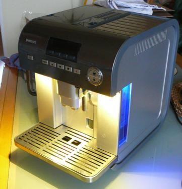 beleuchtung f r kaffeevollautomaten mit delonghi technik in berlin reinickendorf. Black Bedroom Furniture Sets. Home Design Ideas