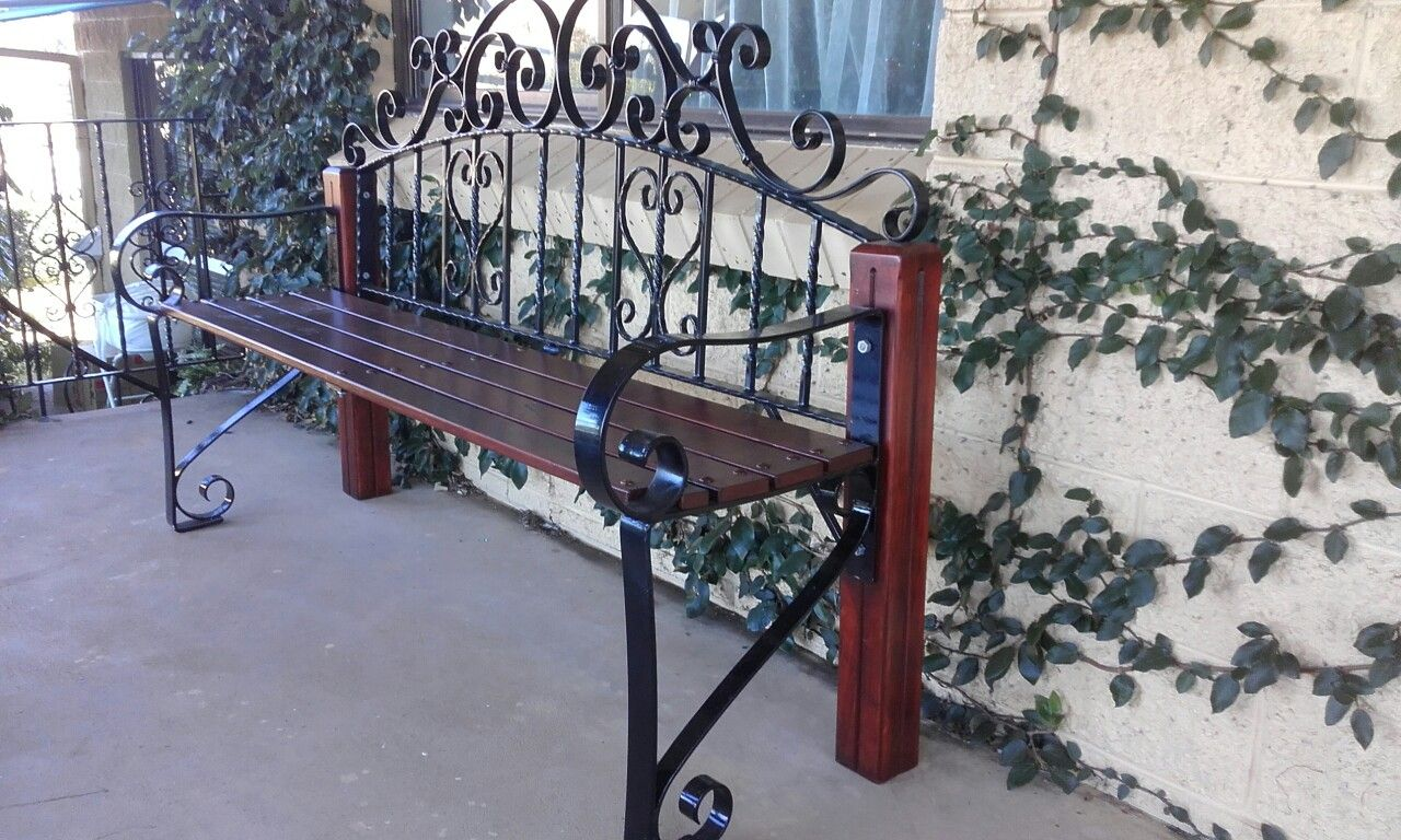 Phenomenal My Husband Repurposed A Wrought Iron Bedhead Hed Made Ibusinesslaw Wood Chair Design Ideas Ibusinesslaworg
