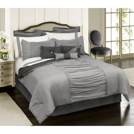 Safdie Co Home Deluxe Collection Grey 100 Polyester Comforter