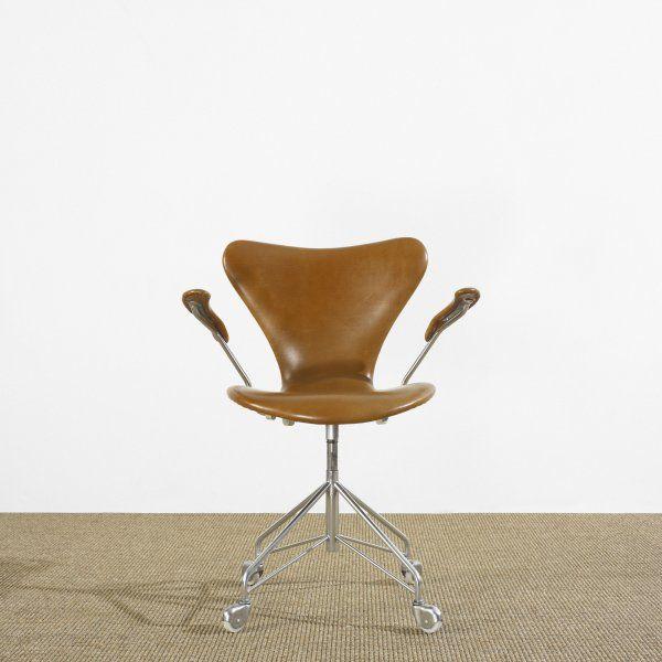 arne jacobsen office chair. 321: Arne Jacobsen Sevener Office Chair, Model 3217 : Lot 321 Chair