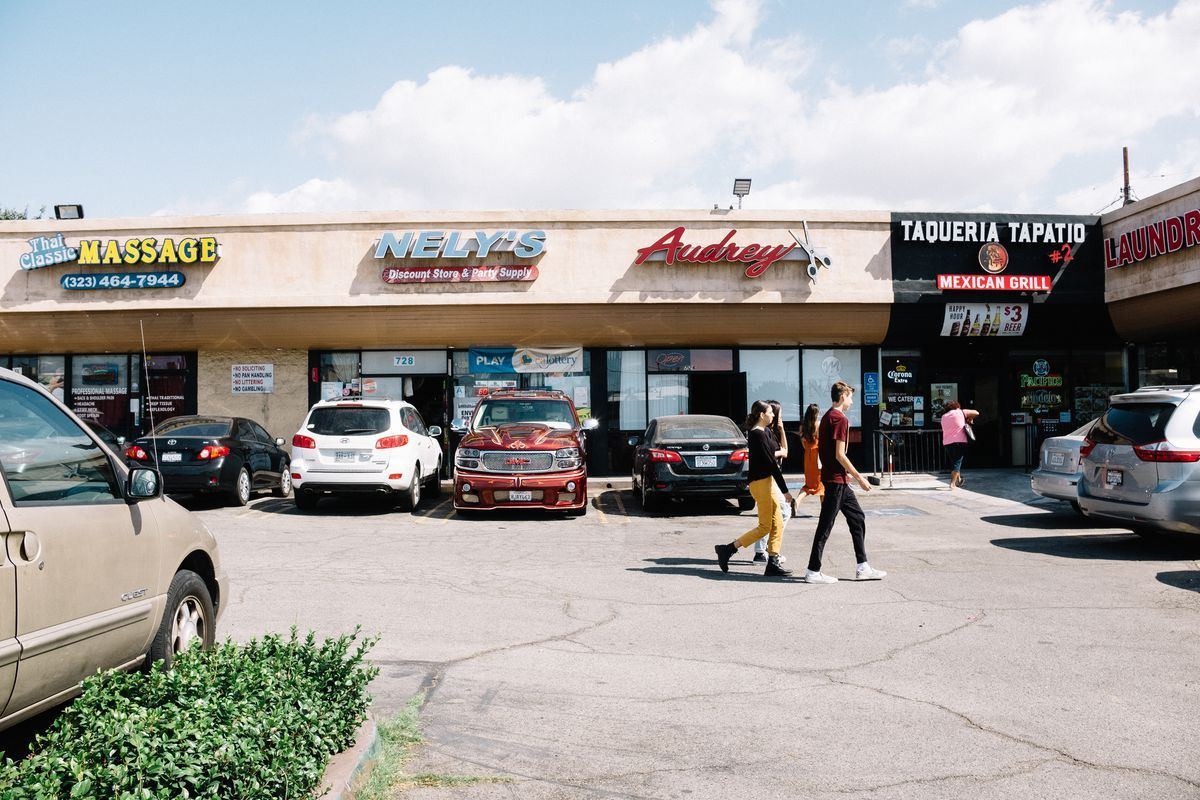 How la became the land of strip malls strip mall mall