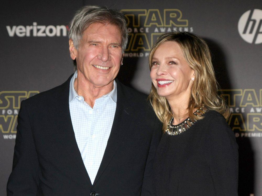 Harrison Ford Verrat Das Geheimnis Seiner Glucklichen Ehe Trend Magazin In 2020 Gluckliche Ehe Harrison Ford Ehe