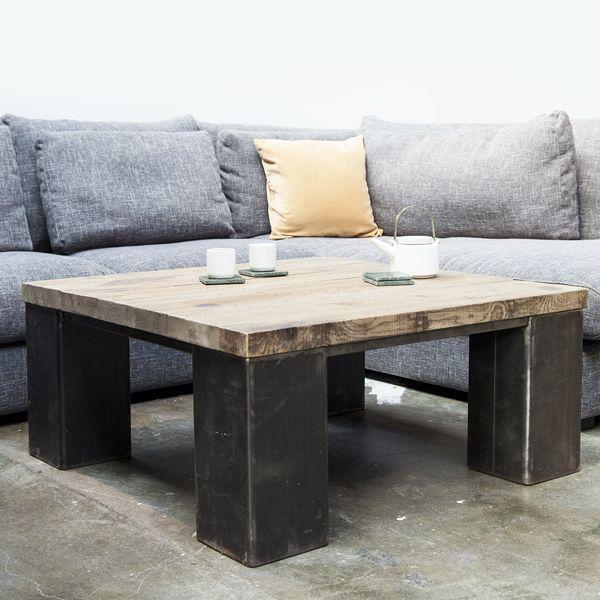Industrie Design Couchtisch Holztisch Metallbeine Massivholz Metall