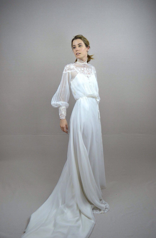Pin By Linda Lamon On Vintage Fashion 70s Wedding Dress 1970s Wedding Dress Wedding Dress Inspiration [ 1500 x 986 Pixel ]