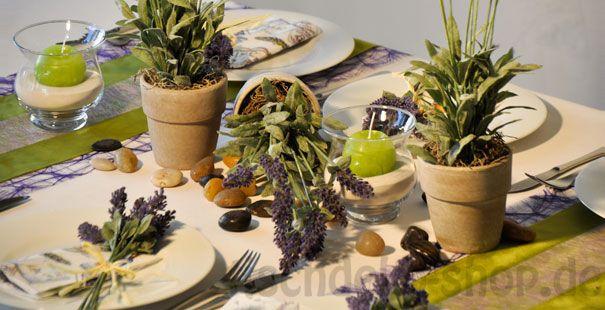 tischdeko mediterran mit lavendel tischdeko sommer pinterest tischdeko lavendel und schick. Black Bedroom Furniture Sets. Home Design Ideas