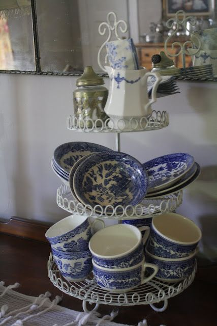 via I Have A Big Story To Tell blog ~ (I have both types of blue willow cups shown here & I love to use & display them./vc)