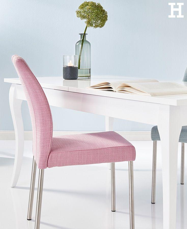 Durch Sein Zeitloses Design Und Die Dezente Farbgebung Bringt Der Stuhl  Salvador Eleganz Ins Esszimmer.