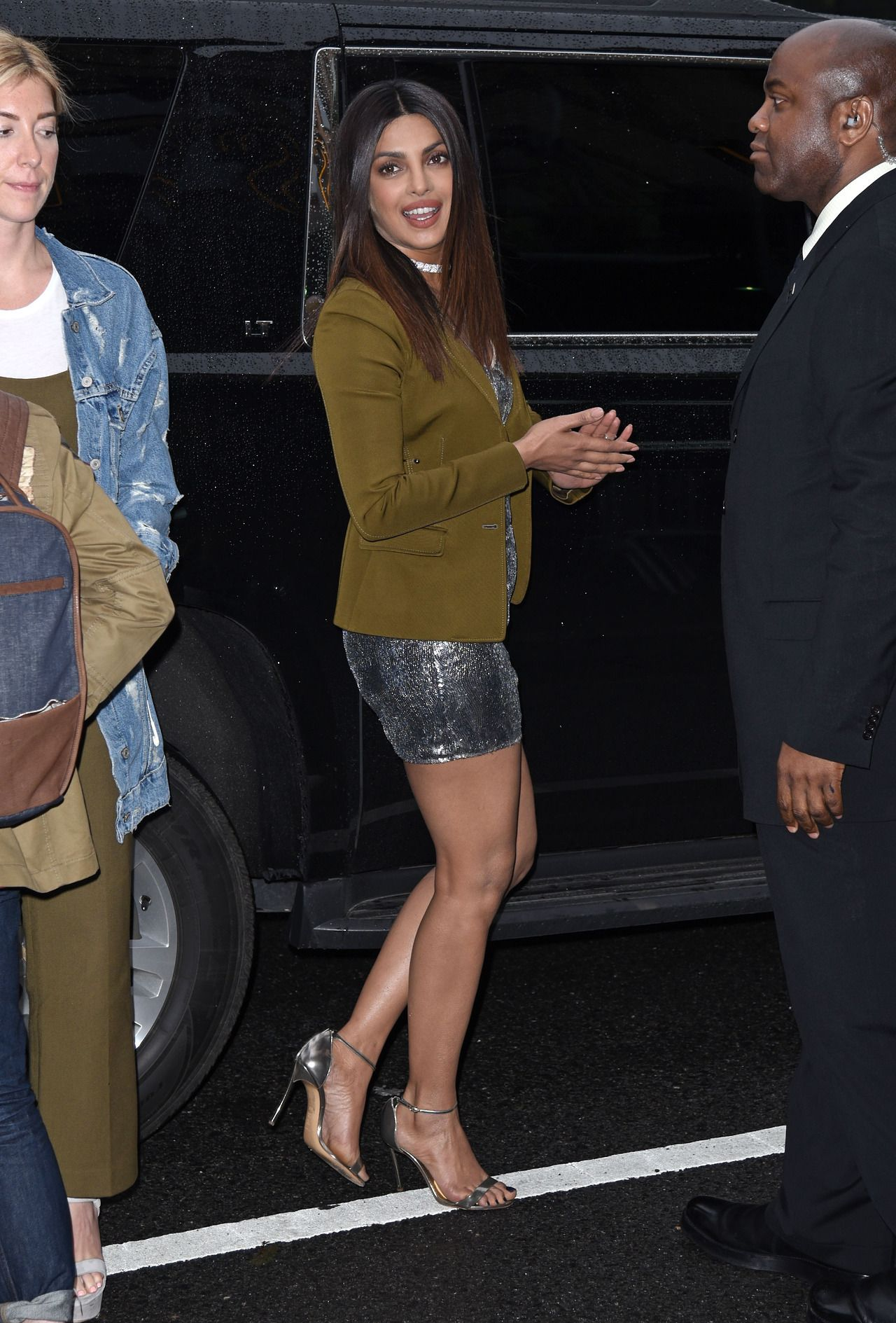 2d6cd7d0b294 Priyanka Chopra Displays Her Toned Sexy Legs At  Baywatch  Private  Screening At Landmark Sunshine Theater in New York. CLICK HERE TO SEE MORE  PHOTOS FROM ...