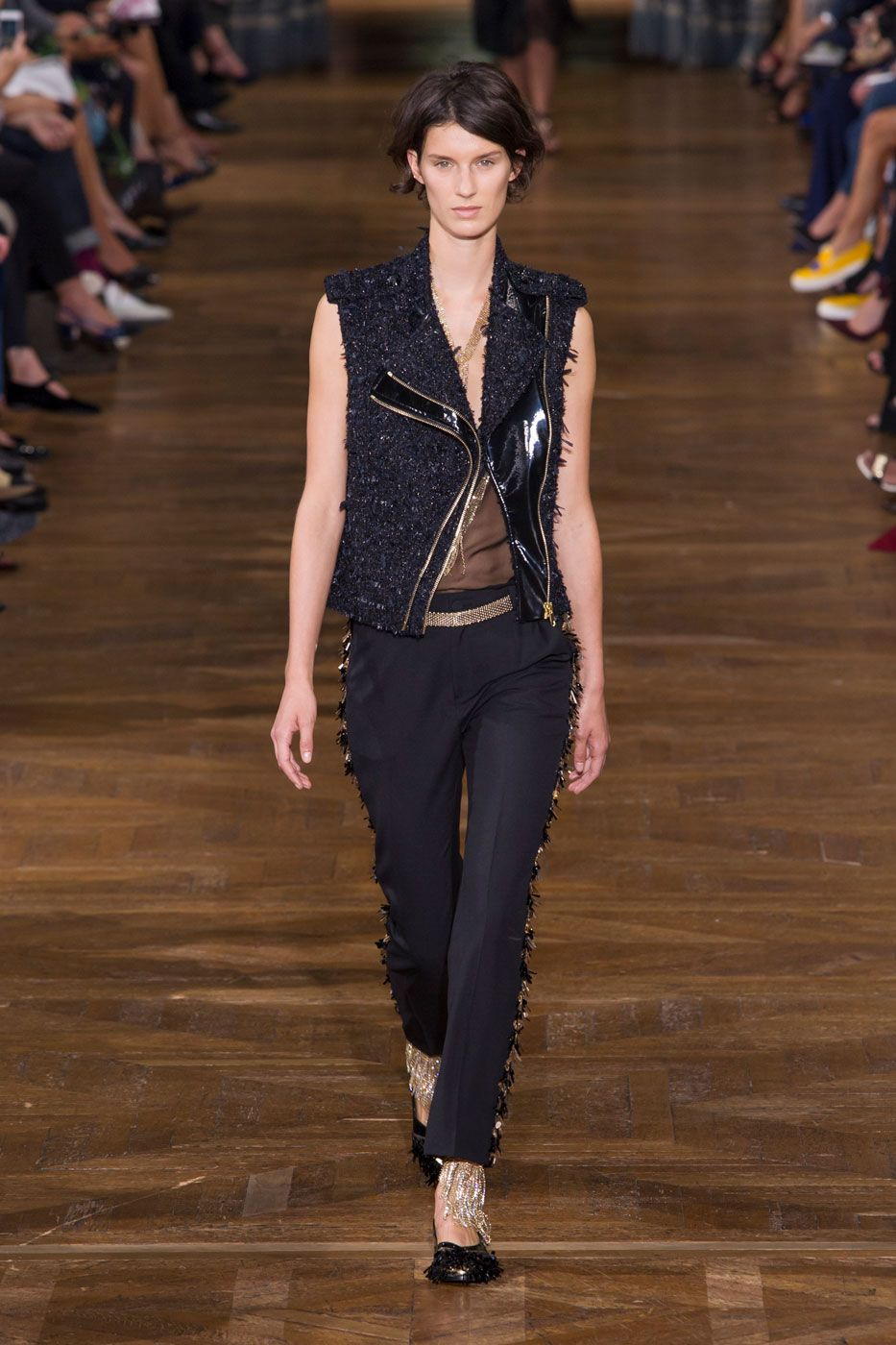 A estreia de Bouchra Jarrar na Lanvin - Vogue | Desfiles