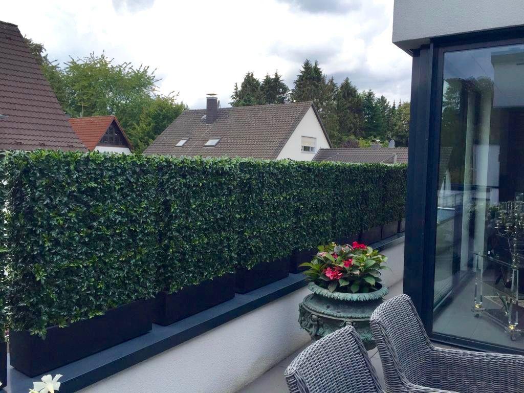 Kunsthecke Ilex Wetterfest Von Bellaplanta Sichtschutz Uv Bestandig Innovative Terrassen Terrassengestaltung Kunstliche Pflanzen Im Freien Kunstpflanzen