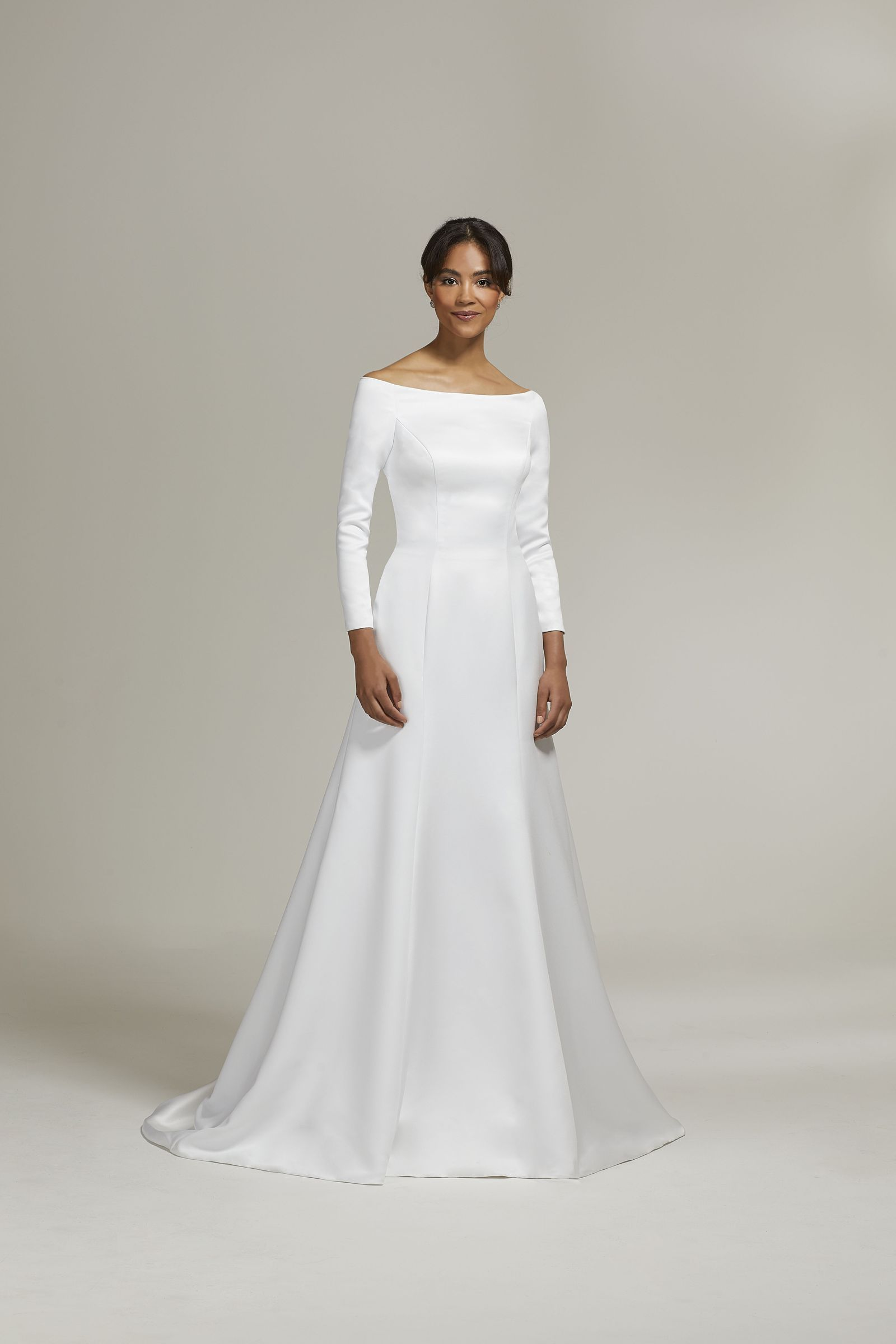 fd667f5f32 The Real Story Behind the Meghan Markle Wedding Dress Copycats You ...