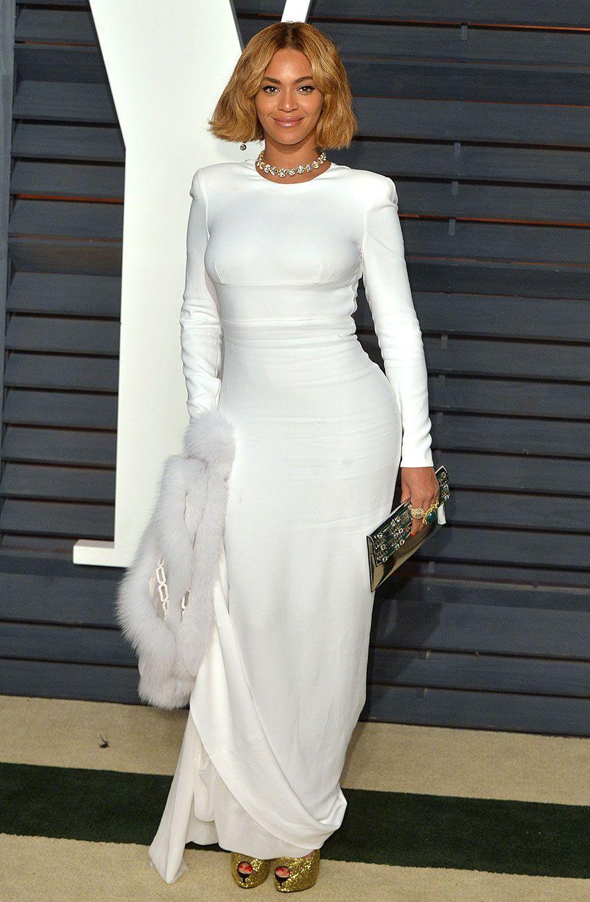 a3e266cbcf4d Beyonc  en Stella McCartney como vestir blanco sin parecer una novia Celebrity  Inspired Dresses,