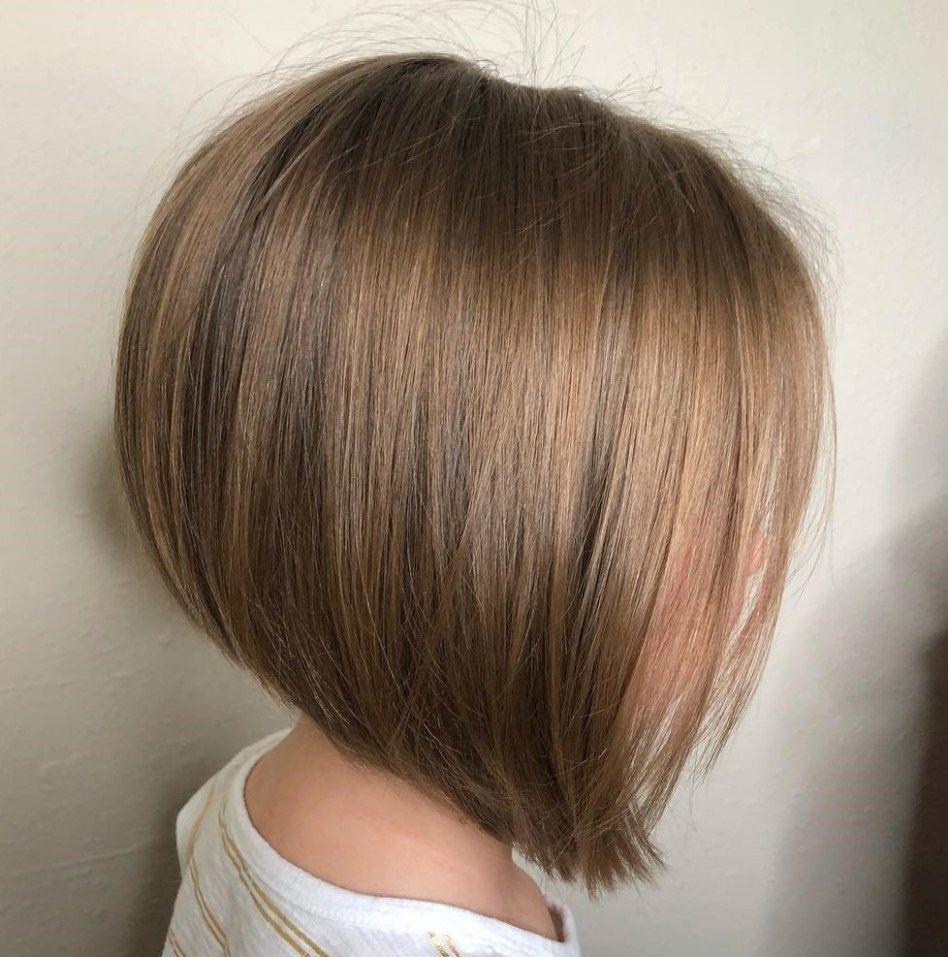 10 nette Haarschnitte für Mädchen, die Sie auf die Bühne setzen