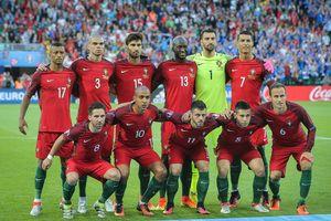 Federação Portuguesa de Futebol    Estatísticas    Títulos    Palmarés     História    Golos    Próximos Jogos    Resultados    Notícias    Videos     Fotos ... f29edd5425ab8