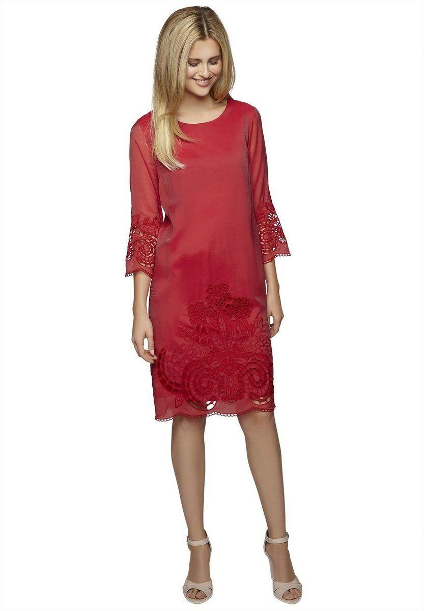 Apart Kleid Dreiviertelarm für 13,13€. Mit Blütenstickereien in