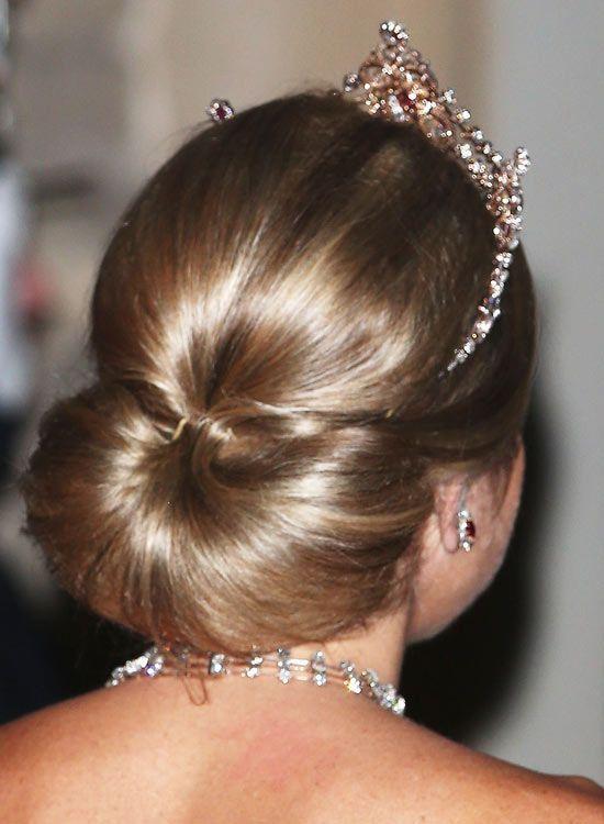50 Best Hairstyles of This Wedding Season