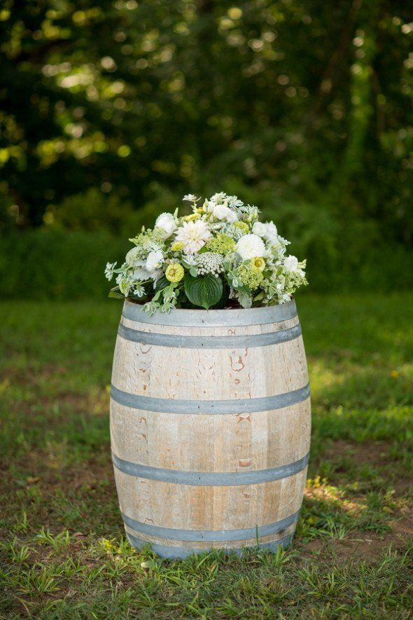 10 decorations you must have for a country wedding country 10 wedding decorations you must have at a country wedding junglespirit Image collections