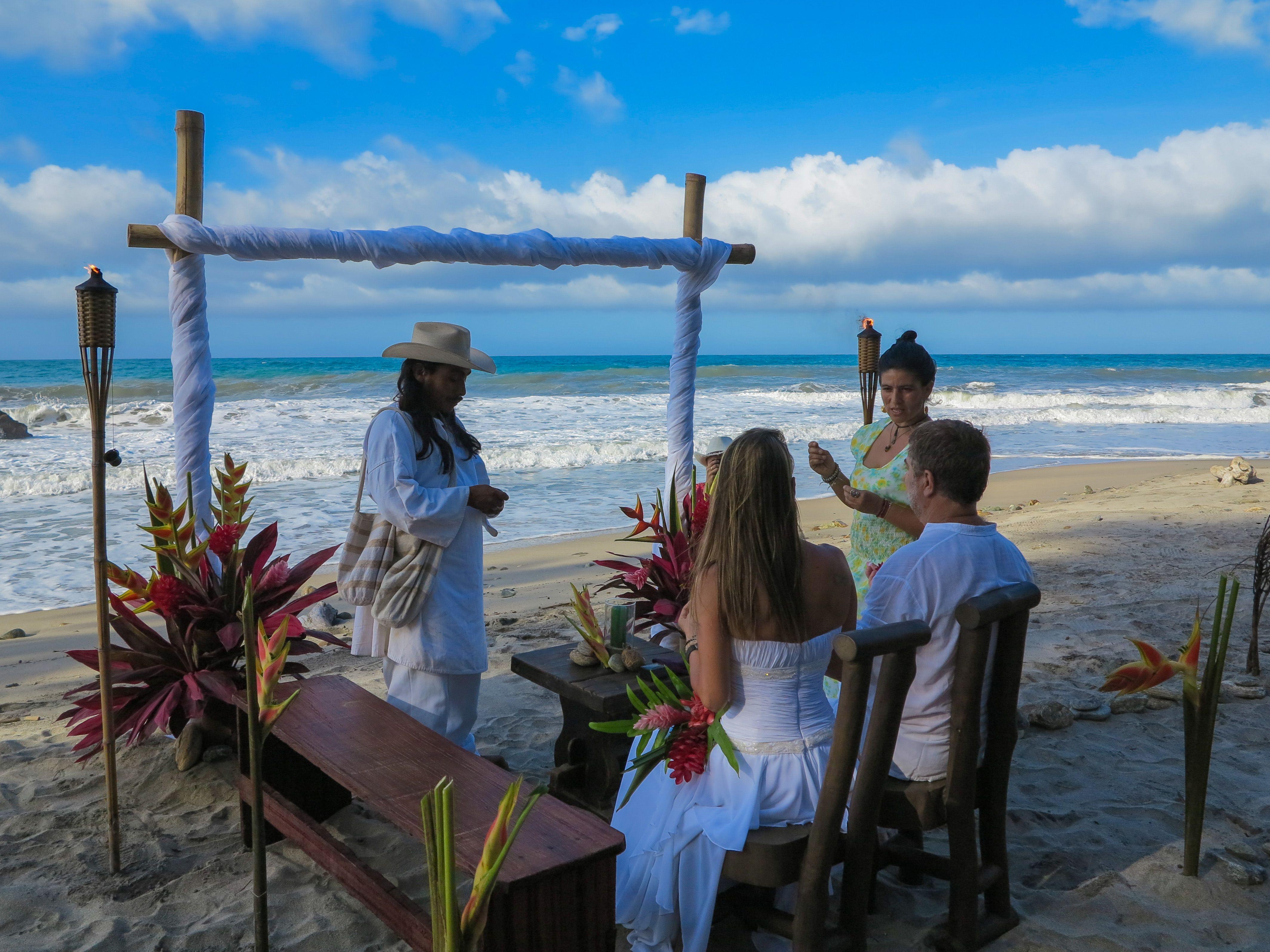 best beach wedding locations on budget%0A Matrimonio Indigena PLAN TEYUNA