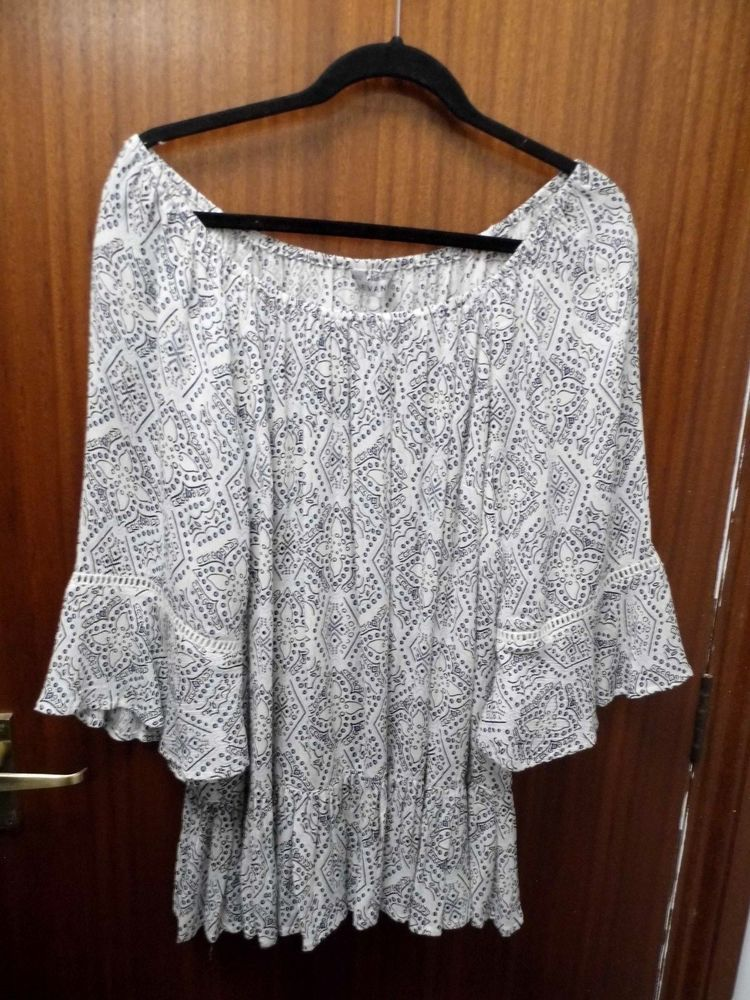 78e4defb01f59 EVANS Tile Print Bardot Top Size 16 White   Blue (New Without Tag)  fashion   clothing  shoes  accessories  womensclothing  tops (ebay link)
