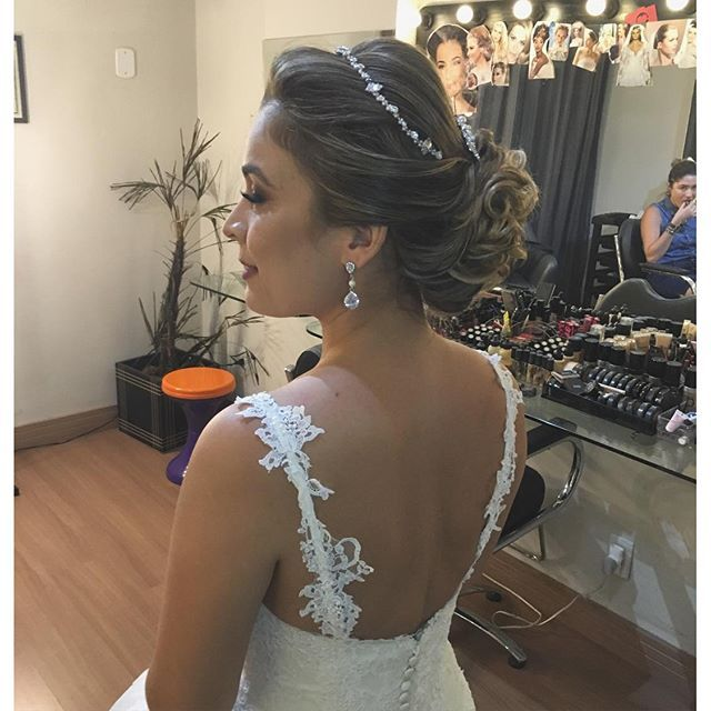 Penteado Noiva On Instagram Con Imagenes Vestidos Tiara