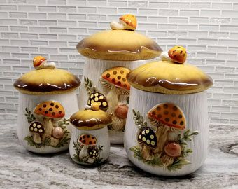 1978 Sears Roebuck Co Vintage Ceramic Merry Mushrooms