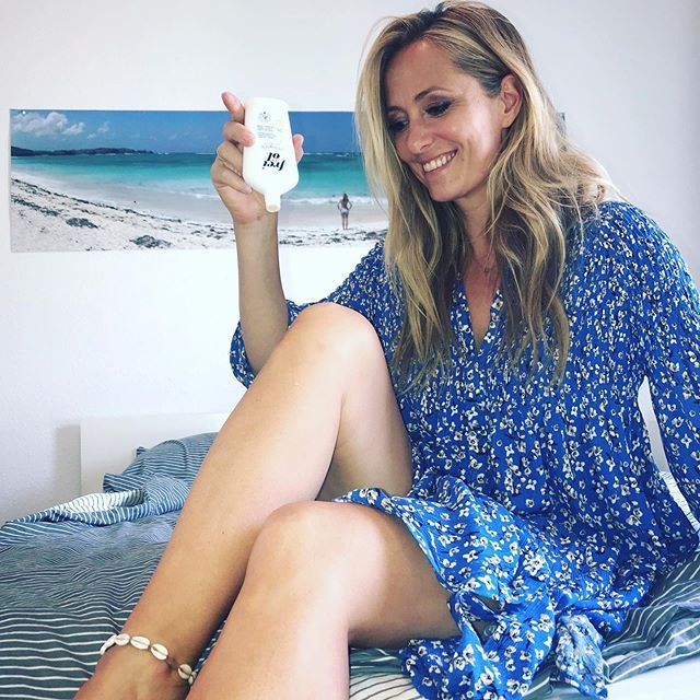 Angela Finger Erben Instagram