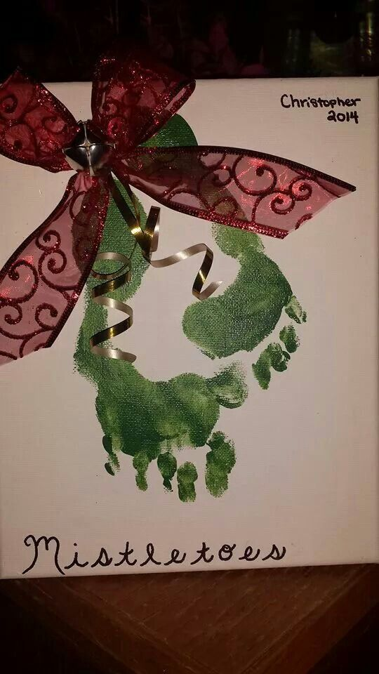 Mistletoe footprints #mistletoesfootprintcraft
