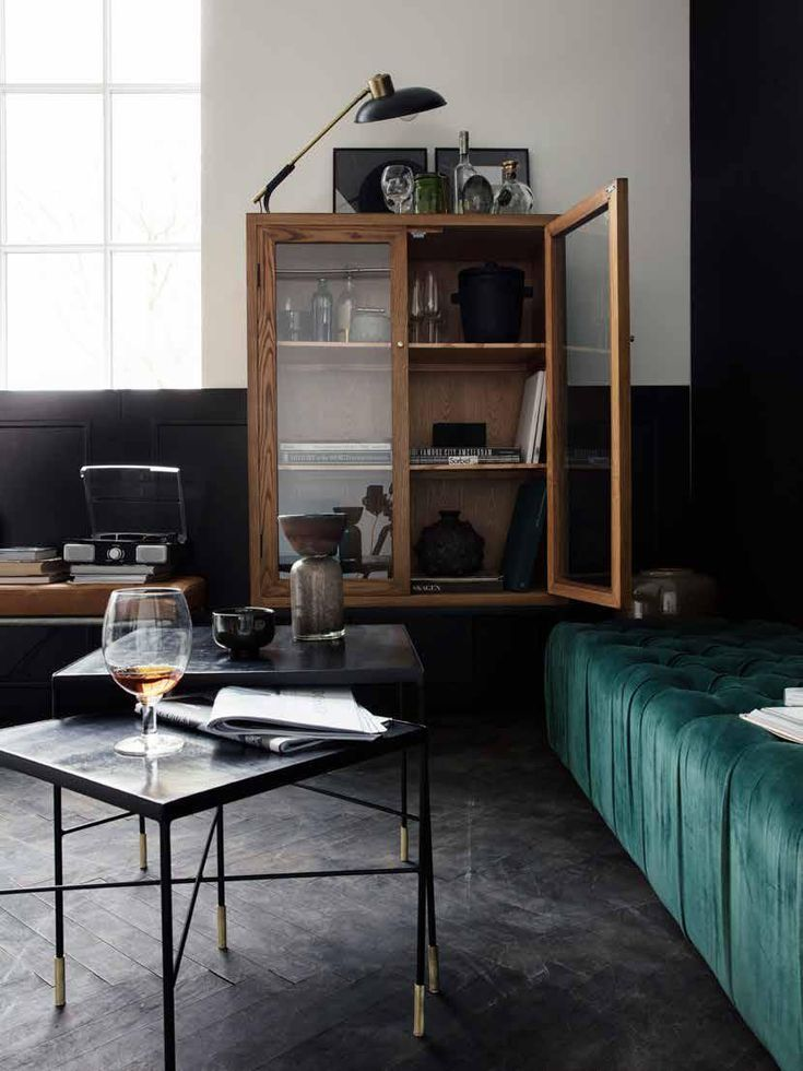Gatsby Design With Velvet And Wood 50er Jahre