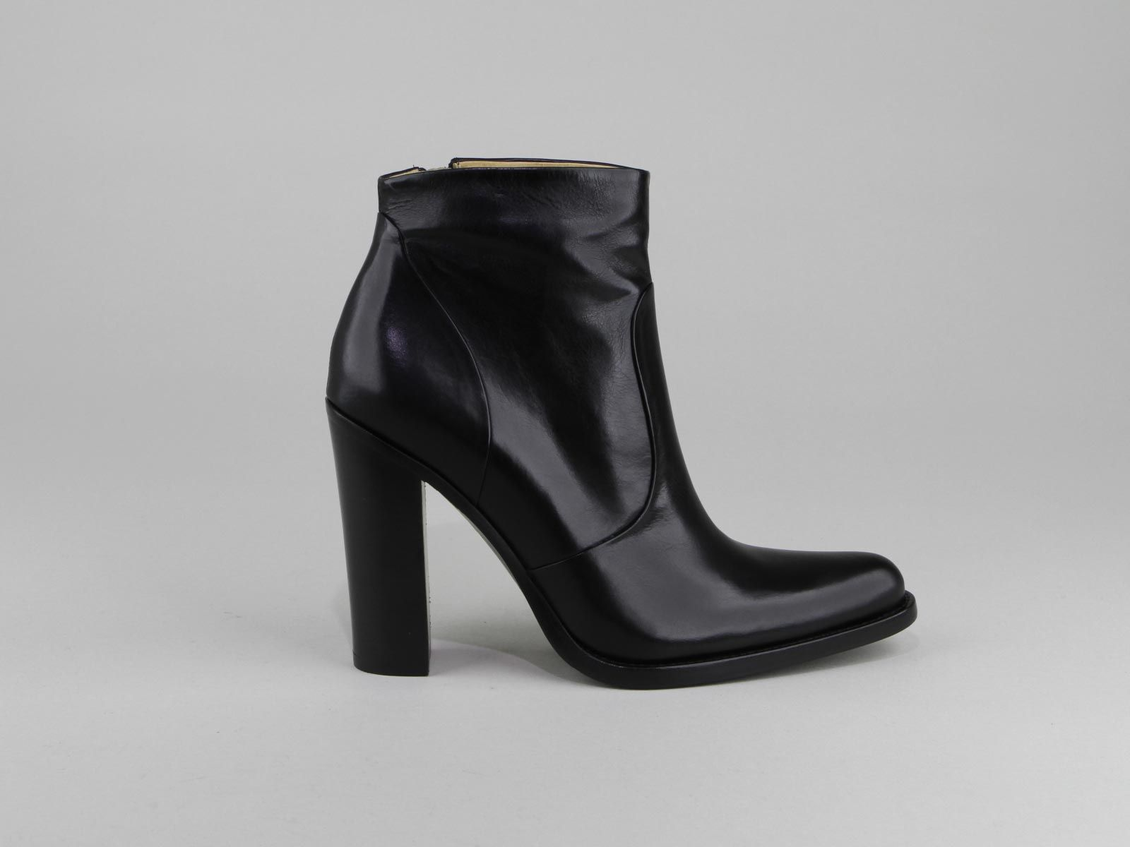 free lance queenie 9 low zip boot chaussures femme boots chaussures femme pinterest. Black Bedroom Furniture Sets. Home Design Ideas