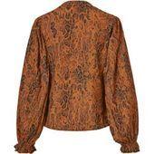 Photo of Spring fashion for women blouse, Reken Maar Reken MaarReken Maar This image …