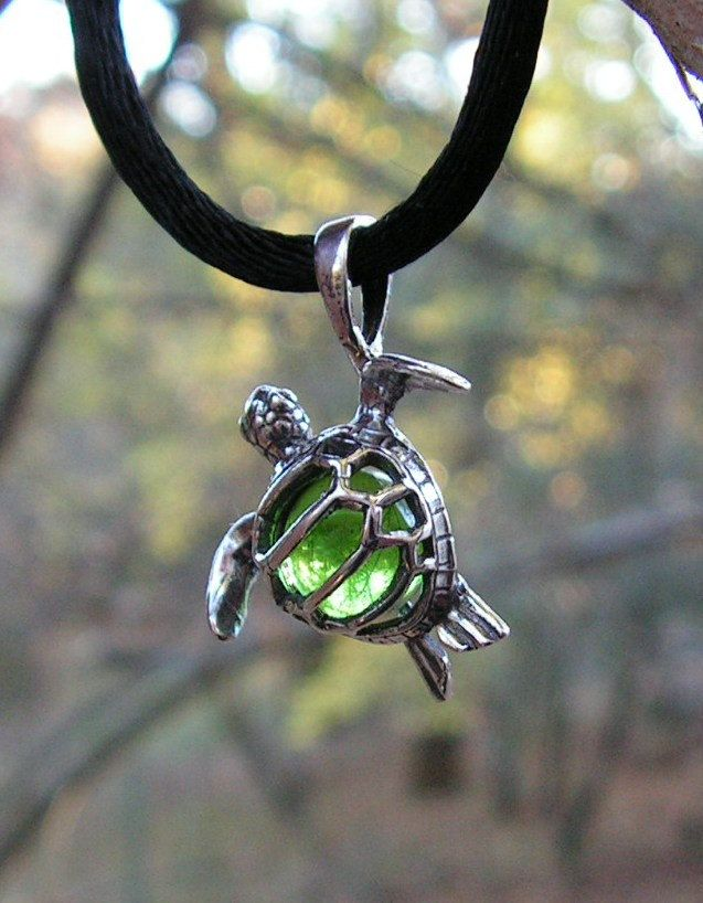 Sterling silver sea turtle pendant with peridot 2000 via etsy sterling silver sea turtle pendant with peridot 2000 via etsy aloadofball Choice Image