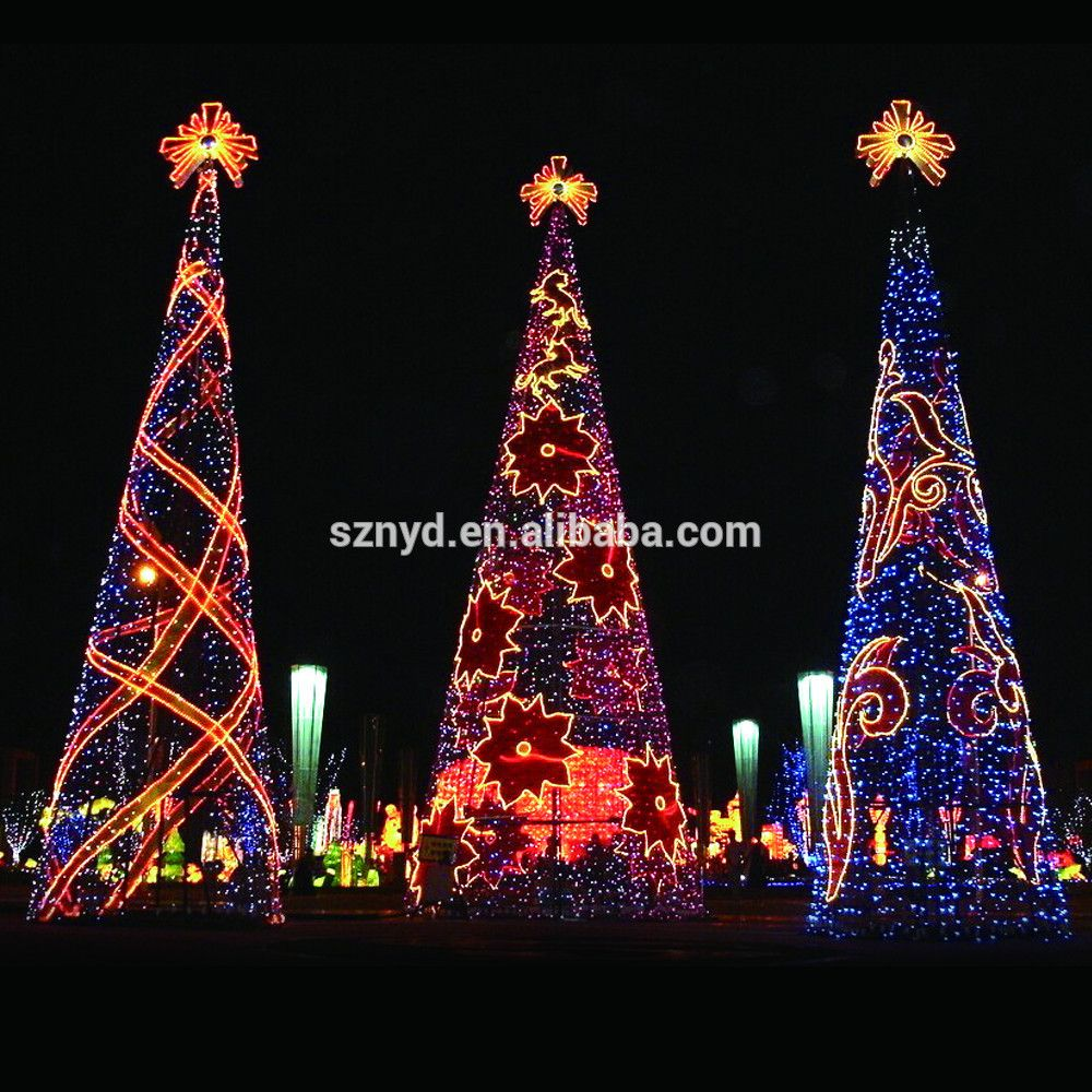 giant outdoor led christmas tree photo