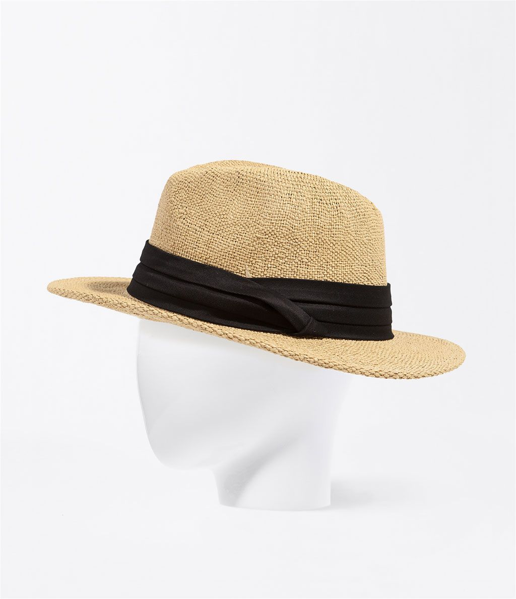 7b08fbb97e58d  paja  sombrero  playa  Zara Lamey Home 19