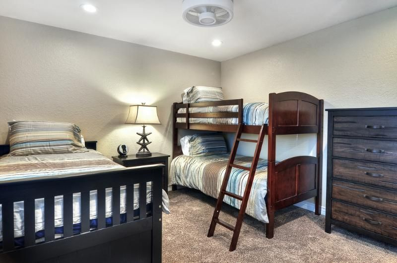 Bedroom 3 with twin bed trundle and bunk bed sleeps 4