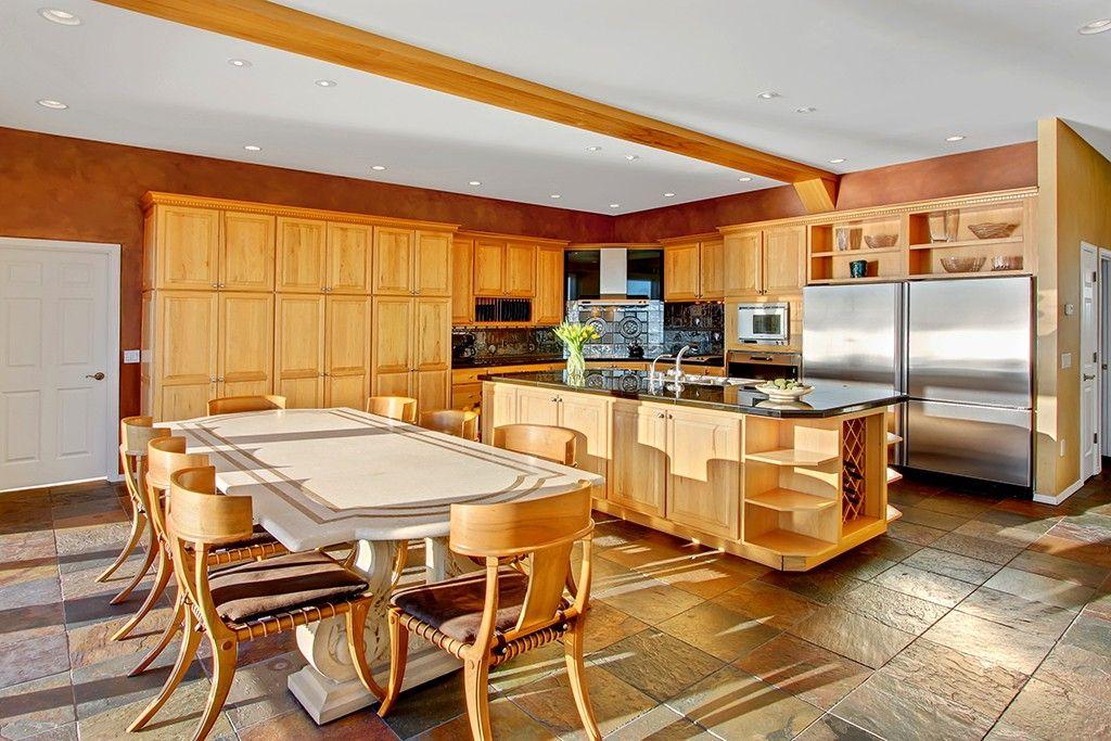 3515 Sw Seola Lane Seattle Wa 98146 3 Beds 4 Baths Home Kitchen Home Decor