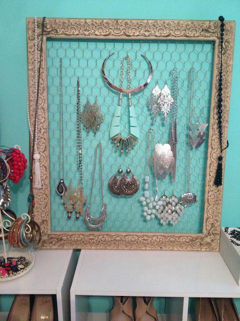 old picture frame + chicken wire = jewelry organizer!