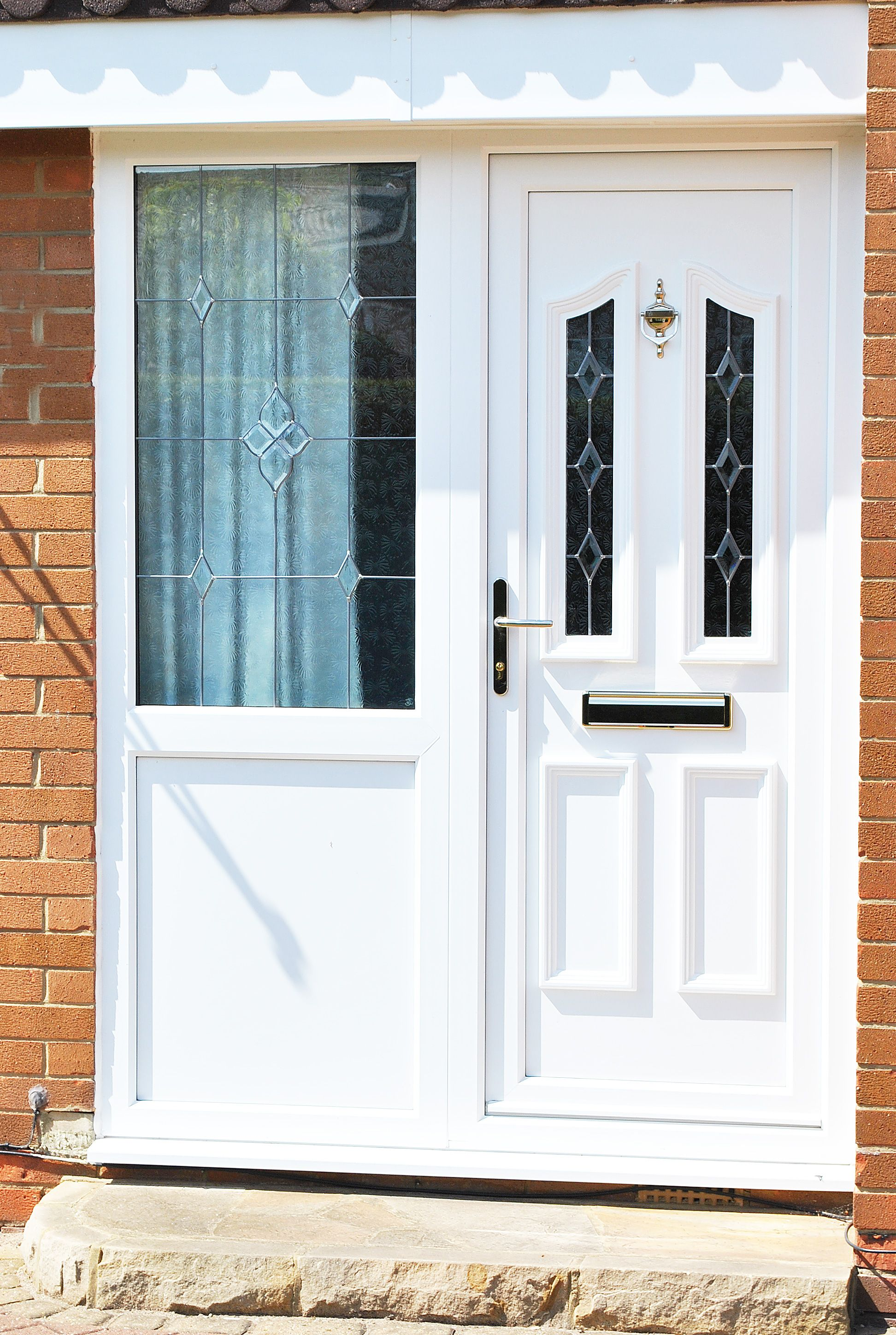 Beautiful Upvc Rehau Lincoln Door And Windows With Sparkle Glass