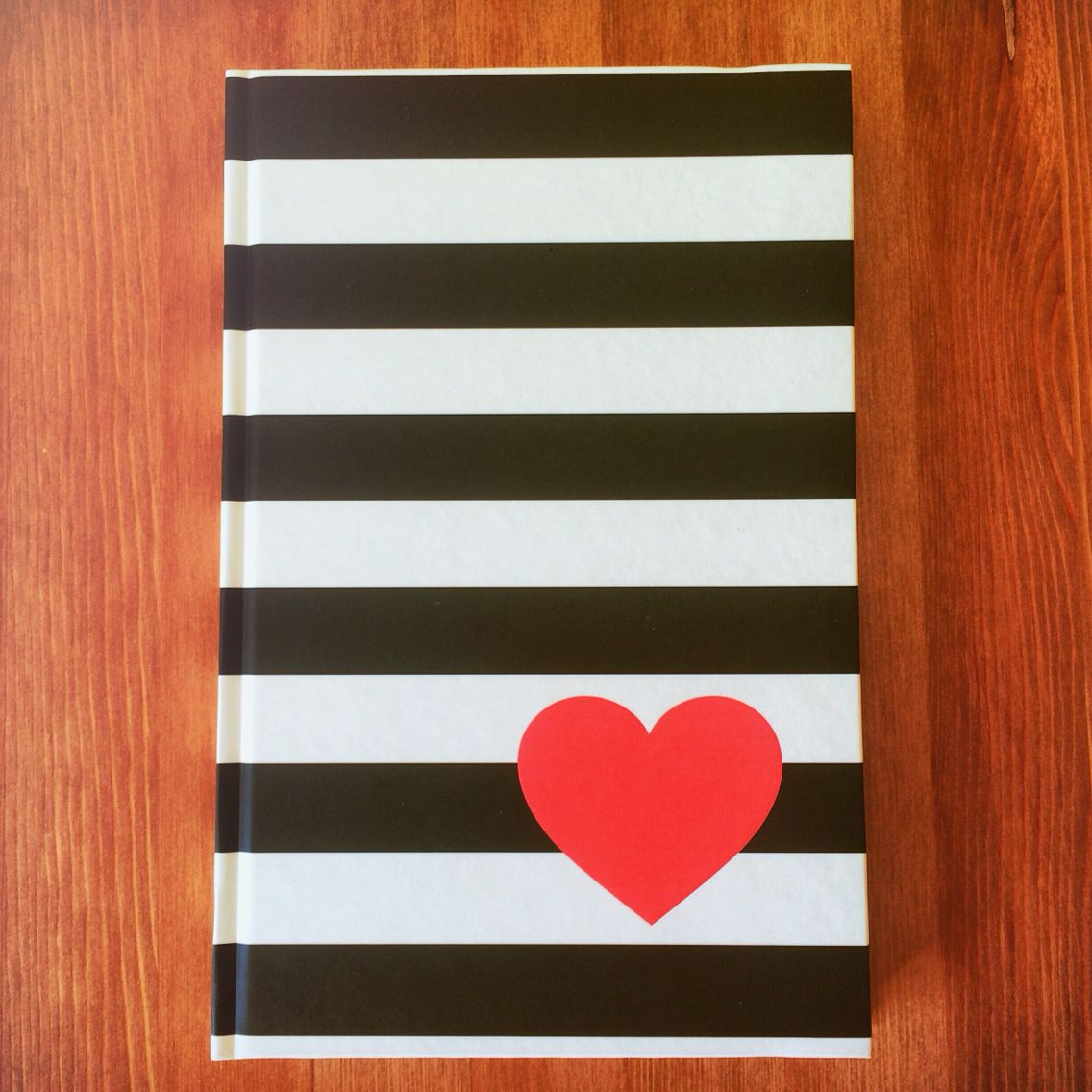 ➕❤️= http://ow.ly/XXQmE #love #inlove #gift #giftideas #unusualgift #present #valentinesday #happyvalentinesday #valentines #notebook #stationery
