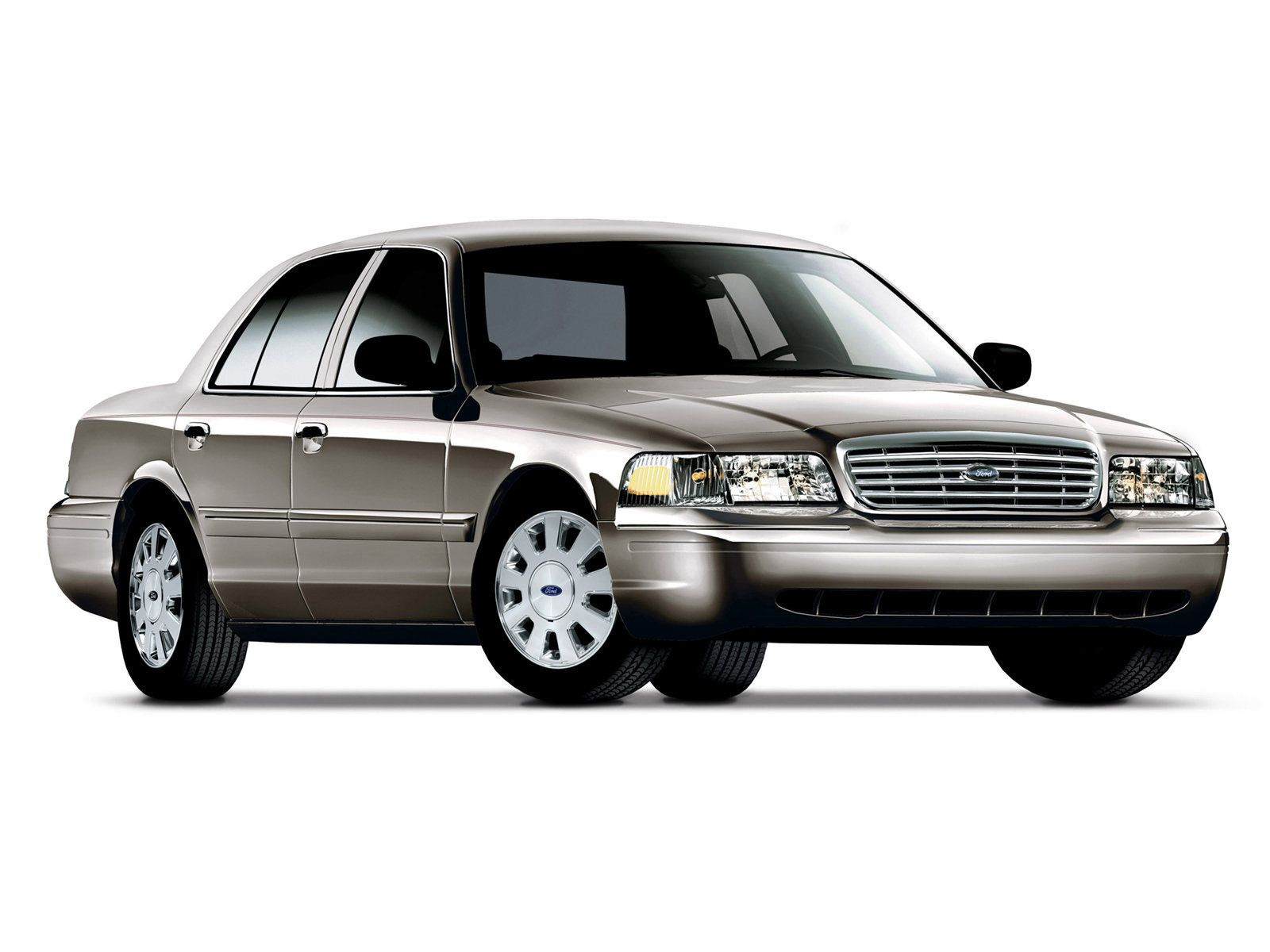 Ford Crown Victoria I Owned A Used One From   Terrible Mileage Great Power